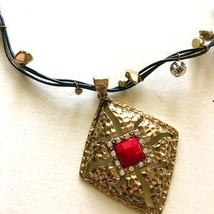 FASHION NECKLACE EARRINGS SET RED GOLD BLACK SILVE